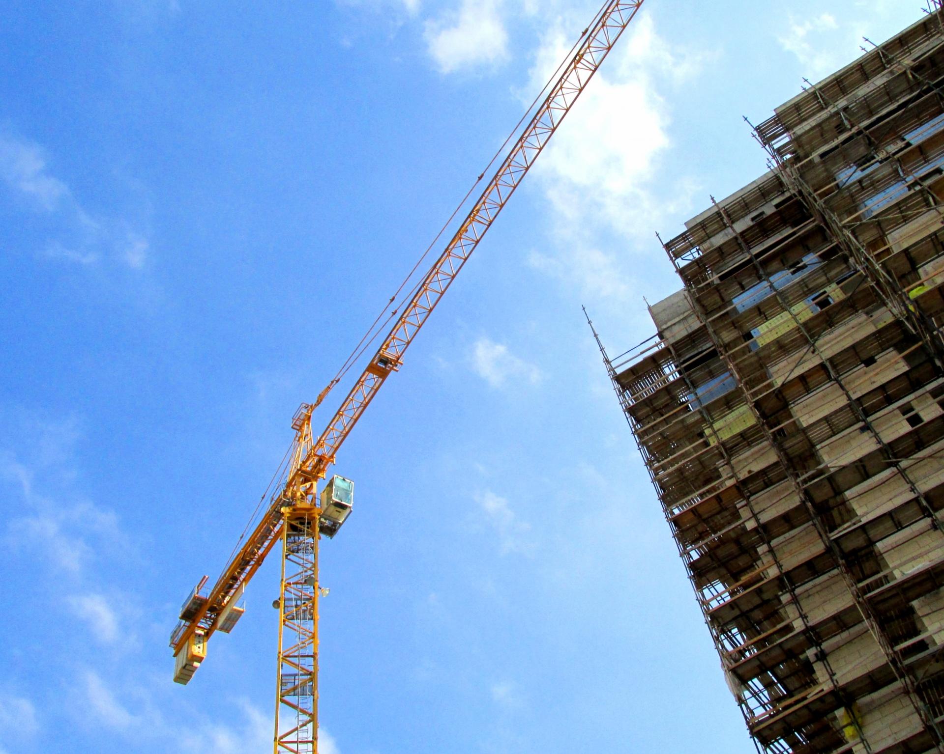 crane-high-rise-construction